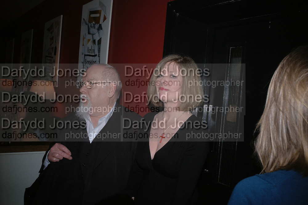Sir Peter and Lady Blake, DAZED AND CONFUSED GAP RED PARTY, Groucho Club, Dean st. London. 15 March 2006. ONE TIME USE ONLY - DO NOT ARCHIVE  © Copyright Photograph by Dafydd Jones 66 Stockwell Park Rd. London SW9 0DA Tel 020 7733 0108 www.dafjones.com