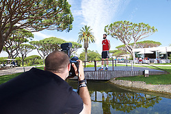 VALE DO LOBO, PORTUGAL - Wednesday, May 25, 2016: Press Association photographer Joe Giddons shoots Wales' Joe Ledley during day two of the pre-UEFA Euro 2016 training camp at the Vale Do Lobo resort in Portugal. (Pic by David Rawcliffe/Propaganda)