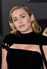 Miley Cyrus California Home - 19 April 2018