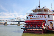 River paddle steamer on the Ohio river at Louisville, KY, USA
