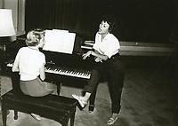 1954 Rita Marino sings at the Hollywood Studio Club.