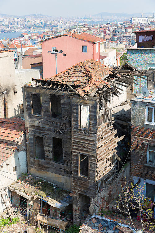 Turkish traditional architecture abandoned derelict house in old town area of Kariye, Edirnekapi in Istanbul, Republic of Turkey
