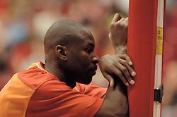 26-08-2005 BASKETBAL: NEDERLAND-BELGIE: GRONINGEN<br /> Nederland kan zich gaan opmaken voor een extra toernooi in Belgrado, waar de laatste strohalm moet worden gepakt ter handhaving in de A-groep. Dat is het gevolg van de 51-62 nederlaag / Chip Jones<br /> ©2005-www.fotohoogendoorn.nl