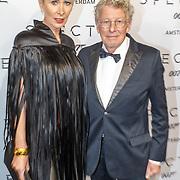 NLD/Amsterdam/20151028 - Premiere James Bondfilm Spectre, Jan des Bouvrie en partner Monique
