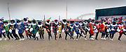 Nederland, Nijmegen, 16-11-2019 Meest zwart geschminkte pieten bij de intocht van sinterklaas. De actiegroep Kick out zwarte Piet, KOZP hield een demonstratie langs de route die zonder ongeregeldheden verliep. Er was veel politie op de been en te paard . De Sint reed op Amerigo door de binnenstad .Foto: Flip Franssen