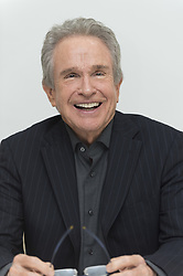 Warren Beatty bei der Pressekonferenz zum Film Rules don't apply in Beverly Hills / 061016<br /> <br /> *** USA EMBARGO TILL NOVEMBER 06, 2016 *** Warren Beatty, who stars as Howard Huges in 'Rules don't apply', the first movie he has directed in 15 years, at the Four Season Hotel in Beverly Hills, CA, October 06, 2016 ***