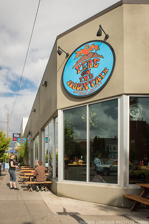 """Fire on the Mountain on E. Burnside in Portland, Oregon claims to be Portland's """"Original Wing Joint""""."""