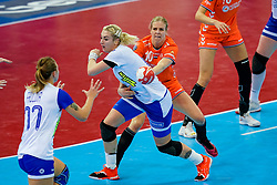 13-12-2019 JAP: Semi Final Netherlands - Russia, Kumamoto<br /> The Netherlands beat Russia in the semifinals 33-22 and qualify for the final on Sunday in Park Dome at 24th IHF Women's Handball World Championship / Danick Snelder #10 of Netherlands, Anna Sen #18of Russia