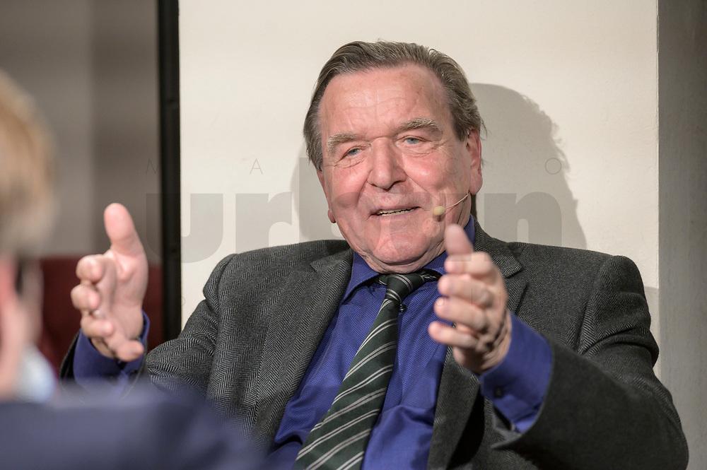 """11 FEB 2020, BERLIN/GERMANY:<br /> Gerhard Schroeder, SPD, Bundeskanzler a.D., als Gast bei dem politischen Feierabend Talk """"Ueberstunde"""", Redaktionsraeune Media Pioneer<br /> IMAGE: 20200211-02-049<br /> KEYWORDS: Überstunde, Gerhard Schröder"""