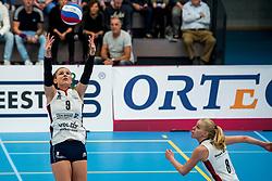 29-09-2018 NED: Supercup Sliedrecht Sport - Eurosped, Sliedrecht<br /> Sliedrecht takes the first price of the new season / Sarah van Aalen #9 of Sliedrecht Sport, Demi Korevaar #8 of Sliedrecht Sport