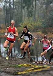 27-11-2011 ATLETIEK: NK CROSS 53e WARANDELOOP: TILBURG<br /> (L-R) Helen Hofstede, Adrienne Herzog<br /> ©2011-FotoHoogendoorn.nl