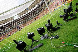 Câmeras de controle remoto durante a cerimônia de abertura da Copa das Confederações, realizada no Estádio Nacional Mané Garrincha, em Brasília, antes da partida entre Brasil e Japão. FOTO: Jefferson Bernardes/Preview.com