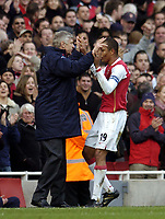 Photo: Olly Greenwood.<br />Arsenal v Tottenham Hotspur. The Barclays Premiership. 02/12/2006. Arsenal's Gilberto celebrates scoring his 2nd goal with Arsene Wenger