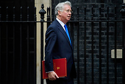 © Licensed to London News Pictures. 08/03/2017. London, UK.  Defence secretary MICHAEL FALLON arrives on Downing Street for a cabinet meeting before British chancellor Philip Hammond delivers his 2017 Budget to Parliament. Photo credit: Ben Cawthra/LNP