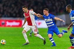 13-03-2019 NED: Ajax - PEC Zwolle, Amsterdam<br /> Ajax has booked an oppressive victory over PEC Zwolle without entertaining the public 2-1 / Dusan Tadic #10 of Ajax, Vito van Crooij #7 of PEC Zwolle