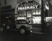 "1949 Filming the movie ""Sunset Boulevard"" at Schwab's Drugstore"
