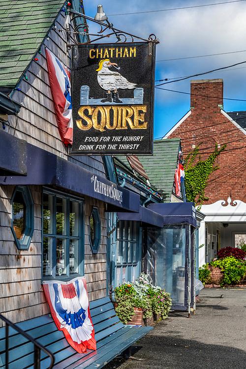 The Chatham Squire tavern, Chatham, Cape Cod, Massachusetts, USA.