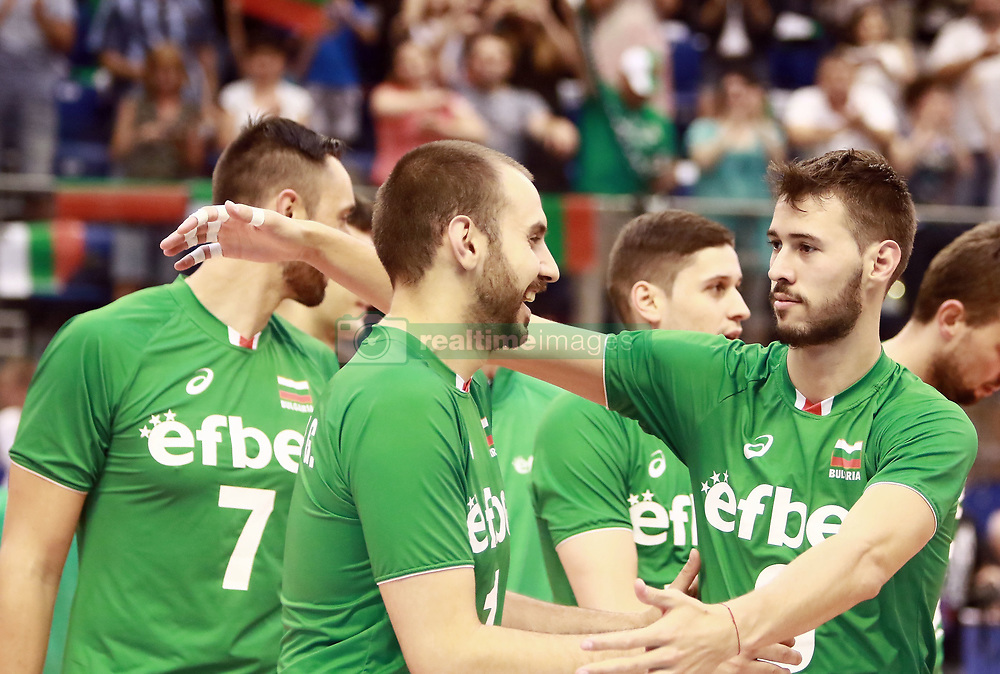 June 16, 2018 - Varna, Bulgaria - from left Georgi BRATOEV (Bulgaria), Rozalin PENCHEV (Bulgaria), .mens Volleyball Nations League,week 4, Bulgaria vs Canada, Palace of culture and sport, Varna/Bulgaria, June 16, 2018, the fourth of 5 weekends of the preliminary lap in the new established mens Volleyball Nationas League takes place in Varna/Bulgaria. (Credit Image: © Wolfgang Fehrmann via ZUMA Wire)