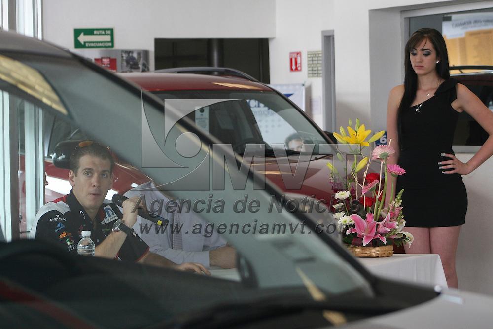 Metepec, México.- Benito Guerra, piloto mexiquense  en conferencia de prensa se dijo listo para participar en el Rally de Alemania que se llevara a cabo en una semana. Agencia MVT / José Hernández