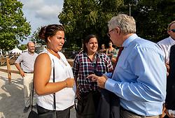 YANIK Yasemine (Züchter), YANIK Sarah (Züchter), MIESNER Klaus (Geschäftsführer FN Zucht)<br /> Ermelo - World Breeding Dressage Championsships for Young Horses 2018<br /> Weltmeisterschaft Junge Dressurpferde<br /> Finale 5jährige Dressurpferde<br /> 04. August 2018<br /> © www.sportfotos-lafrentz.de/Stefan Lafrentz