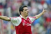 1:1 Jubel Roy Makaay Bayern<br /> Bundesliga FC Bayern München - Hertha BSC