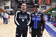 DESCRIZIONE : Campionato 2014/15 Serie A Beko Dinamo Banco di Sardegna Sassari - Acqua Vitasnella Cantu'<br /> GIOCATORE : James Feldeine Edgar Sosa<br /> CATEGORIA : Fair Play Amici Friend Friends<br /> EVENTO : LegaBasket Serie A Beko 2014/2015<br /> GARA : Dinamo Banco di Sardegna Sassari - Acqua Vitasnella Cantu'<br /> DATA : 28/02/2015<br /> SPORT : Pallacanestro <br /> AUTORE : Agenzia Ciamillo-Castoria/L.Canu<br /> Galleria : LegaBasket Serie A Beko 2014/2015
