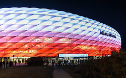 04.11.2015, Allianz Arena, Muenchen, GER, UEFA CL, FC Bayern Muenchen vs FC Arsenal, Gruppe F, im Bild Aussenansicht der Allianz Arena in weiss rot beleuchtet // Outside View of the Allianz Arena in red white Lights during the UEFA Champions League group F match between FC Bayern Munich and Arsenal FC at the Allianz Arena in Munich, Germany on 2015/11/04. EXPA Pictures © 2015, PhotoCredit: EXPA/ JFK
