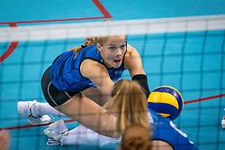 Iris Vos of Team22/ in action during the league match Draisma Dynamo vs. Team22 on october 10, 2021 in Omnisport Apeldoorn, Apeldoorn