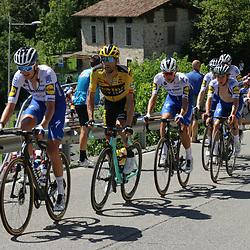 15-08-2020: Wielrennen: Il Lombardia: Como<br /><br />De ploegmaats van Evenepoel controleren de koers