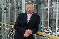 19 JAN 2006, BERLIN/GERMANY:<br /> Klaus Brandner, MdB, SPD, 1. Bevollmaechtiger und Geschaeftsfuehrer der SPD Bundestagsfraktion, Jakob-Kaiser-Haus, Deutscher Bundestag<br /> IMAGE: 20060119-01-009