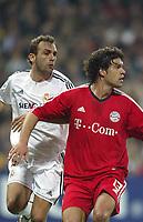 10/3/2004 Madrid, Spain.<br />Champions League,  8round, 2 Leg.<br />R.Madrid 1 - Bayern 0<br />R.Madrid's Bravo in duel with Bayern's Ballack at Santiago Bernabeu's Stadium.<br />© 2004 Alejandro leon Fernandez
