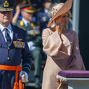 NLD/Den Haag/20180831 - Koninklijke Willems orde voor vlieger Roy de Ruiter, opkomst van Koning Willem - Alexander, Koningin Maxima heeft slag van een tranende ogen