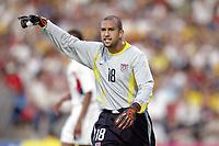 FOTBALL - CONFEDERATIONS CUP 2003 - GROUP B - BRASIL v USA - 030621 - TIM HOWARD (USA) - PHOTO JEAN MARIE HERVIO / DIGITALSPORT