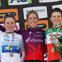 25-04-2021: Wielrennen: Luik Bastenaken Luik (Vrouwen): Luik<br /> Demi Vollering is de winnares van Luik-Bastenaken-Luik 2021. De renster van SD Worx wist in de straten van Luik naar de zege te sprinten, Annemiek van Vleuten werd tweede, voor Elisa Longo Borghini.
