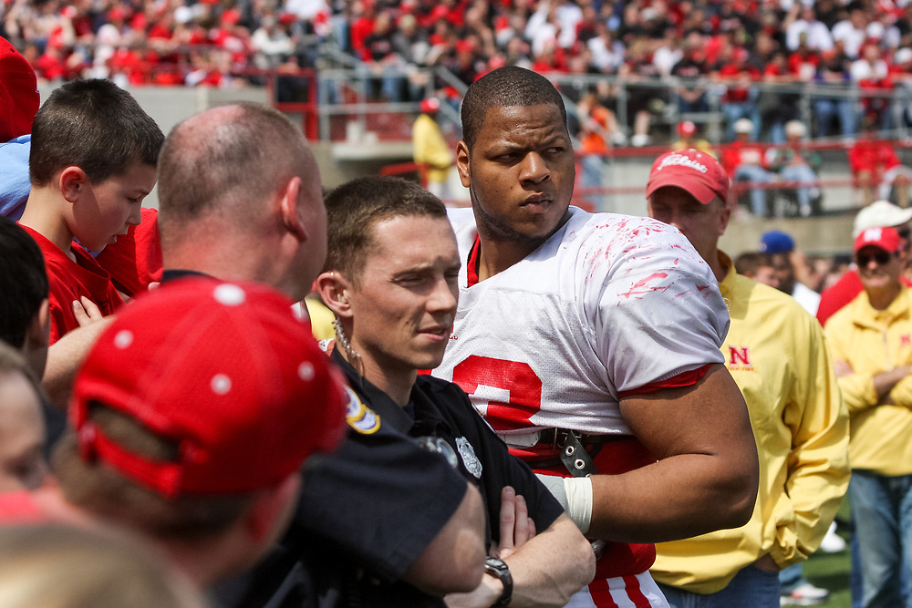 Ndamukong Suh signs autographs at the Spring Game at Memorial Stadium on April 18, 2009. ©Aaron Babcock