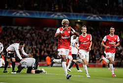 19.10.2010, Emirates Stadium, ENG, UEFA CL, FC Arsenal vs Shakhtar Donetsk, im Bild Arsenal's Alexandre Song makes 1-0 and celebrates, EXPA Pictures © 2010, PhotoCredit: EXPA/ IPS/ Marcello Pozzetti *** ATTENTION *** UK AND FRANCE OUT!