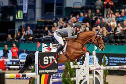 WEISHAUPT Philipp (GER), Ilana<br /> Leipzig - Partner Pferd 2020<br /> FUNDIS Youngster Tour<br /> Finale für 7jährige Pferde<br /> Zwei-Phasen Springprfg., int.<br /> Höhe: 1.40 m<br /> 19. Januar 2020<br /> © www.sportfotos-lafrentz.de/Stefan Lafrentz