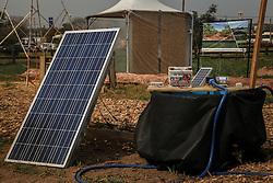Emater apresenta sistema de captação de energia fotovoltaica durante a 39ª Expointer, Exposição Internacional de Animais, Máquinas, Implementos e Produtos Agropecuários. A maior feira a céu aberto da América Latina,  promovida pela Secretaria de Agricultura e Pecuária do Governo do Rio Grande do Sul, ocorre no Parque de Exposições Assis Brasil, entre 27 de agosto e 04 de setembro de 2016 e reúne as últimas novidades da tecnologia agropecuária e agroindustrial. FOTO: Alessandra Bruny / Agência Preview