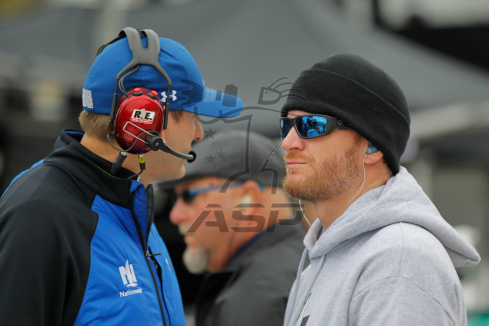 October 29, 2017 - Martinsville, Virginia, USA: Dale Earnhardt Jr. (88) waits to qualify for the First Data 500 at Martinsville Speedway in Martinsville, Virginia.