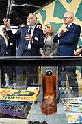 Prof. Mr. Pieter van Vollenhoven opent Grebbelinie bezoekerscentrum in Renswoude.<br /> <br /> Prof. Mr. Pieter van Vollenhoven opens Grebbelinie visitor center in Renswoude.<br /> <br /> Op de foto / On the photo: <br /> <br />  Prof. Mr. Pieter van Vollenhoven tijdens een rondleiding door het Grebbelinie Bezoekerscentrum en krijgt uitleg van Nico de Haan
