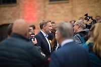 Berlin, 24.09.2021: FDP-Partei- und Fraktionschef Christian Lindner gibt ein Interview beim Wahlkampfabschluss der FDP im Hof der Königlichen Porzellan-Manufaktur (KPM).