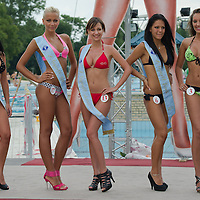 Finalists pose during the Miss Bikini Hungary beauty contest held in Budapest, Hungary on August 06, 2011. ATTILA VOLGYI