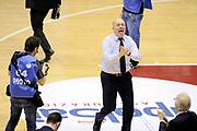 DESCRIZIONE : Milano Coppa Italia Final Eight 2014 Quarti Acqua Vitasnella Cantù Grissin Bon Reggio Emilia<br /> GIOCATORE : Masismiliano Menetti<br /> CATEGORIA : mani esultanza post game allenatori coach<br /> SQUADRA : Grissin Bon Reggio Emilia<br /> EVENTO : Beko Coppa Italia Final Eight 2014 <br /> GARA : Acqua Vitasnella Cantù Grissin Bon Reggio Emilia<br /> DATA : 07/02/2014 <br /> SPORT : Pallacanestro <br /> AUTORE : Agenzia Ciamillo-Castoria/N.Dalla Mura<br /> GALLERIA : Lega Basket Final Eight Coppa Italia 2014 FOTONOTIZIA : Milano Coppa Italia Final Eight 2014 Quarti Acqua Vitasnella Cantù Grissin Bon Reggio Emilia