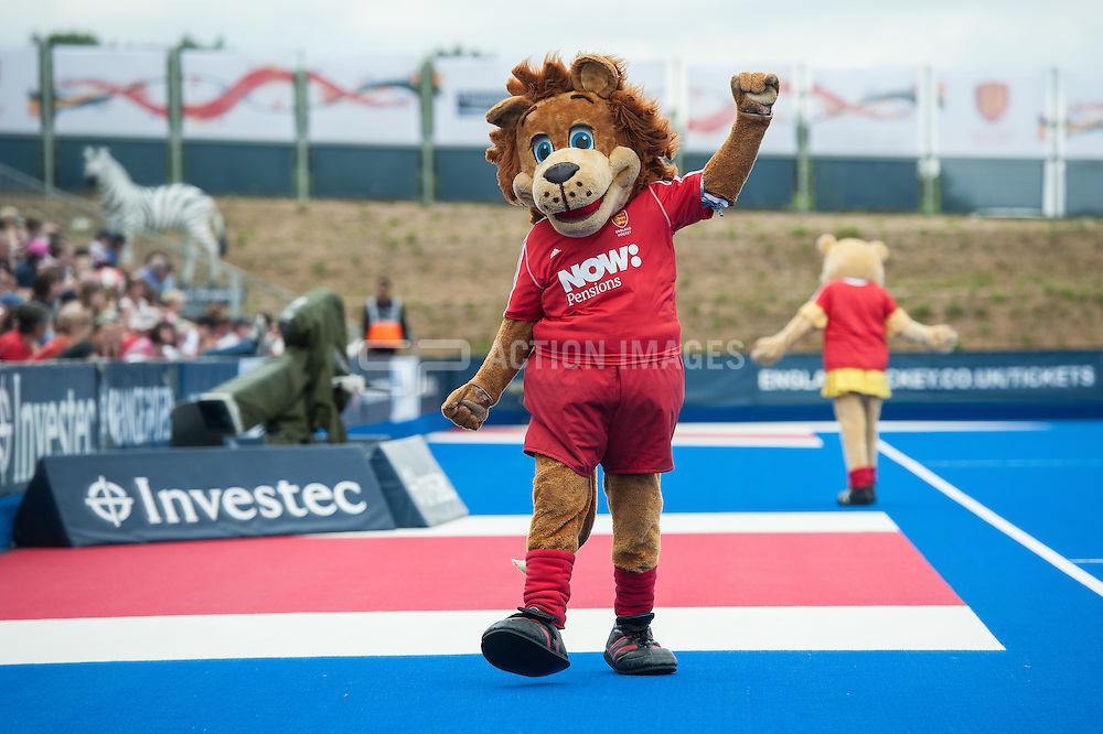 Out & About at the Investec London Cup - Day Four, Lee Valley Hockey & Tennis Centre, London, UK on 13 July 2014. Photo: Simon Parker