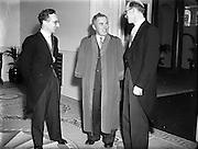 Colm Gallagher (centre) at Presidential Inauguration of Sean T O'Ceallaigh, Dublin Castle..25/06/1952