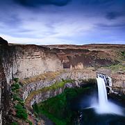 Palouse Falls and Palouse River with canyon, Palouse Falls State Park, Washington, USA, North America.