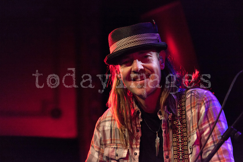 Rogers Stevens playing with Blind Melon  at the Joy eslava  Club in Madrid