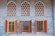The 17th century Ottoman Style Twin Kiosk  or Apartments of the Crown Prince dating from the reign of Sultan Murat III, finished in znik tiles. Topkapi Palace Istanbult .<br /> <br /> If you prefer to buy from our ALAMY PHOTO LIBRARY  Collection visit : https://www.alamy.com/portfolio/paul-williams-funkystock/topkapi-palace-istanbul.html<br /> <br /> Visit our TURKEY PHOTO COLLECTIONS for more photos to download or buy as wall art prints https://funkystock.photoshelter.com/gallery-collection/3f-Pictures-of-Turkey-Turkey-Photos-Images-Fotos/C0000U.hJWkZxAbg