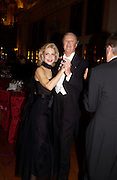 Lynn Wyatt and The Duke of Marlborough, Ball at Blenheim Palace in aid of the Red Cross, Woodstock, 26 June 2004. SUPPLIED FOR ONE-TIME USE ONLY-DO NOT ARCHIVE. © Copyright Photograph by Dafydd Jones 66 Stockwell Park Rd. London SW9 0DA Tel 020 7733 0108 www.dafjones.com