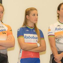 13-01-2016: Wielrennen: Presentatie Rabo wielerploegen: Papendal<br /> PAPENDAL (NED) wielrennen<br /> Het Rabobank-Liv vrouwenteam en het Developmentteam werden op Papendal voorgesteld.